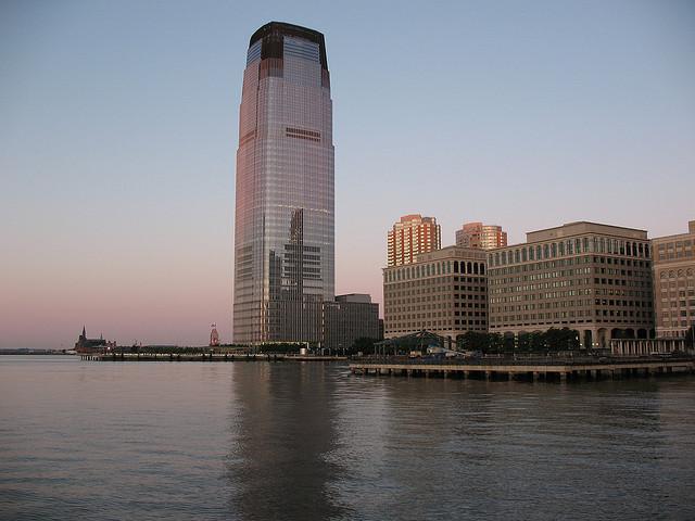 El edificio Goldman Sachs en Nueva Jersey. Foto Flickr