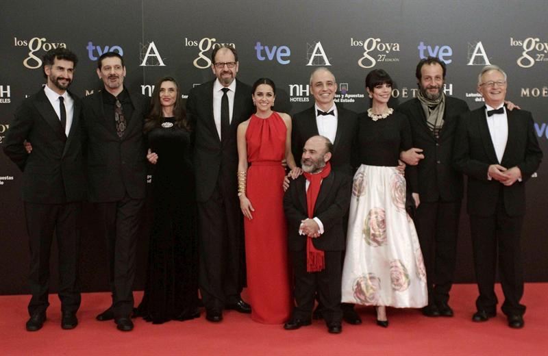 El equipo detrás de Blancanieves. Foto EFE