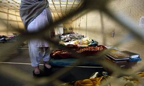 An Afghan detainee at Parwan Foto: The Guardian