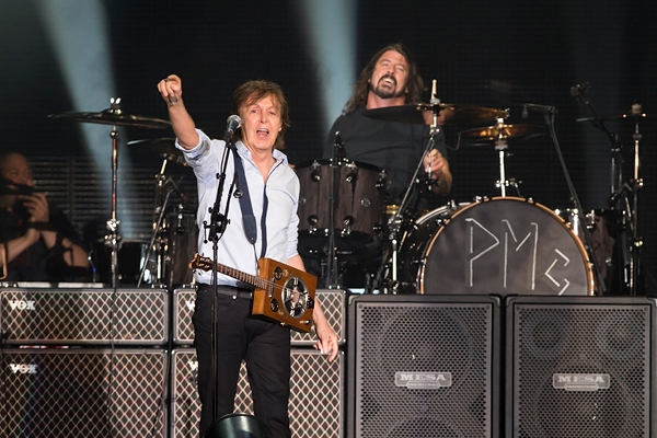 Paul McCartney y David Grohl. Foto Rolling Stone